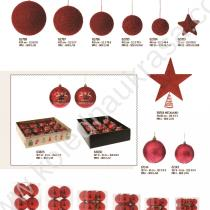 червени коледни топки, връх звезда